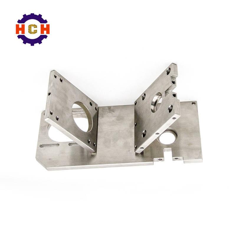 深圳精密机械加工和五金机械零部件加工中的机床机械加工中心主要分为三种:轴承加工,齿轮加工和导轨加工。