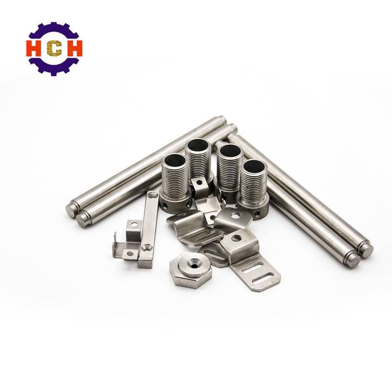 普通加工设备与CNC精密加工中心的区别