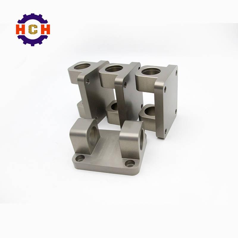 机械精密加工厂的小型机械零件加工和机械零部件加工之间有什么关系