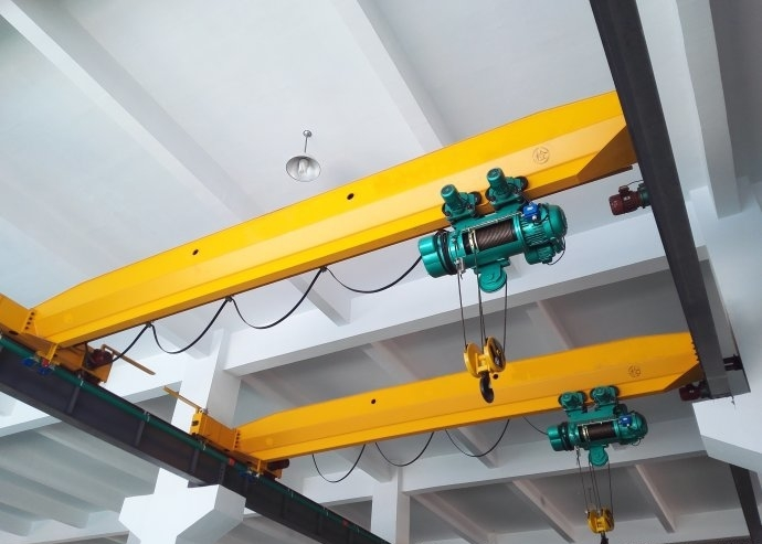 Control methods of electric hoist bridge crane