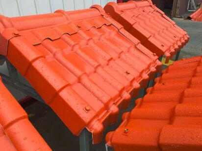 重庆树脂瓦厂生产的产品在防水性和隔音方面如何?