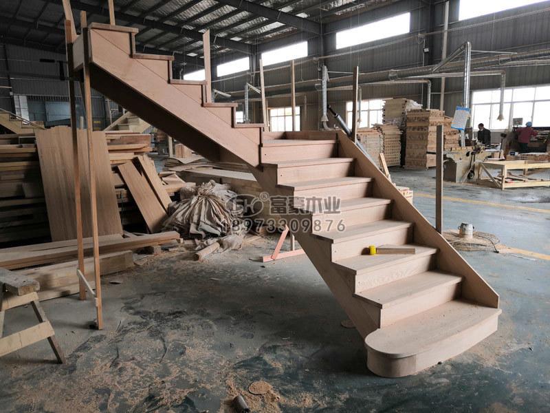深圳实木楼梯红橡木楼梯拼装