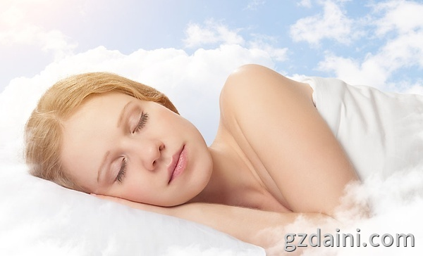 睡眠面膜的使用方法