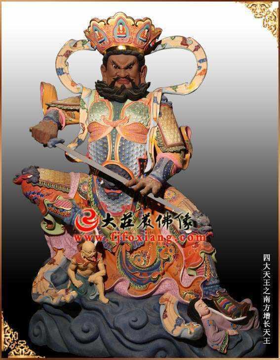 铜雕彩绘增长天王