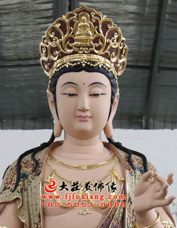 彩绘铜像普贤菩萨正面局部特写