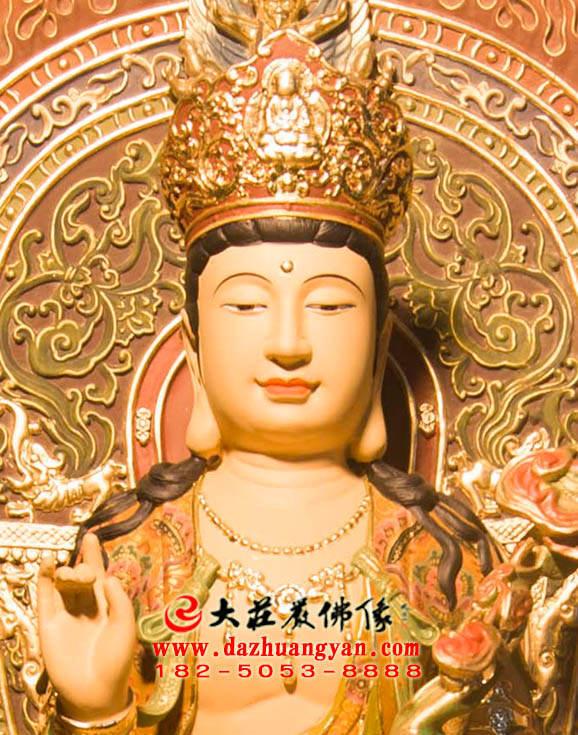 铜像文殊菩萨正面近照佛像
