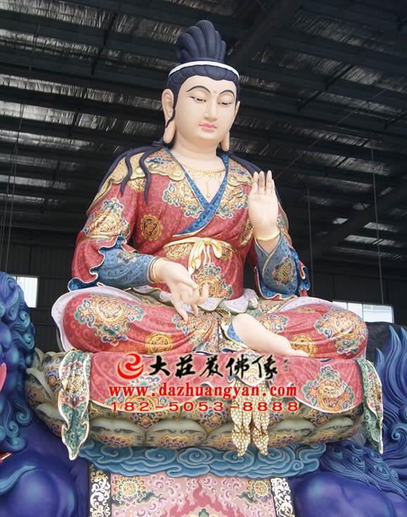 铜像文殊菩萨侧面近照塑像