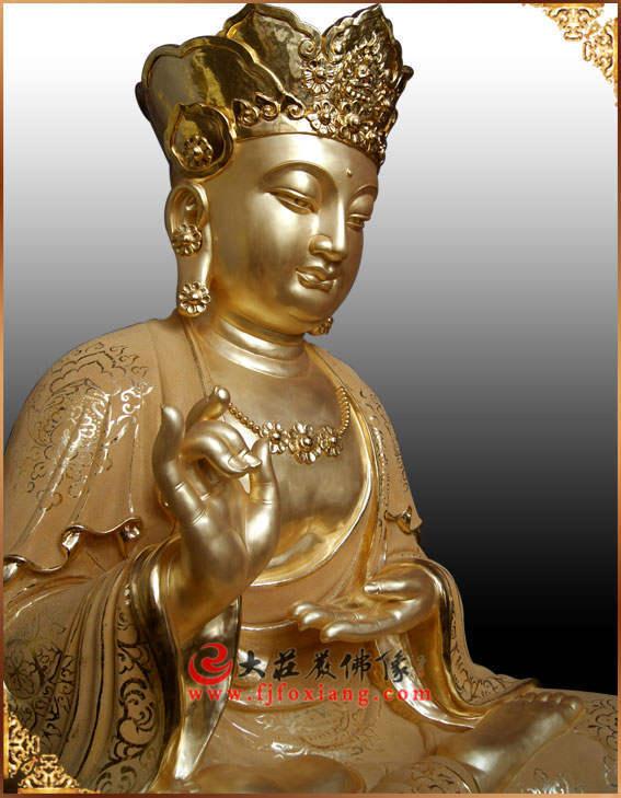 铜像地藏王菩萨侧面近照贴金佛像