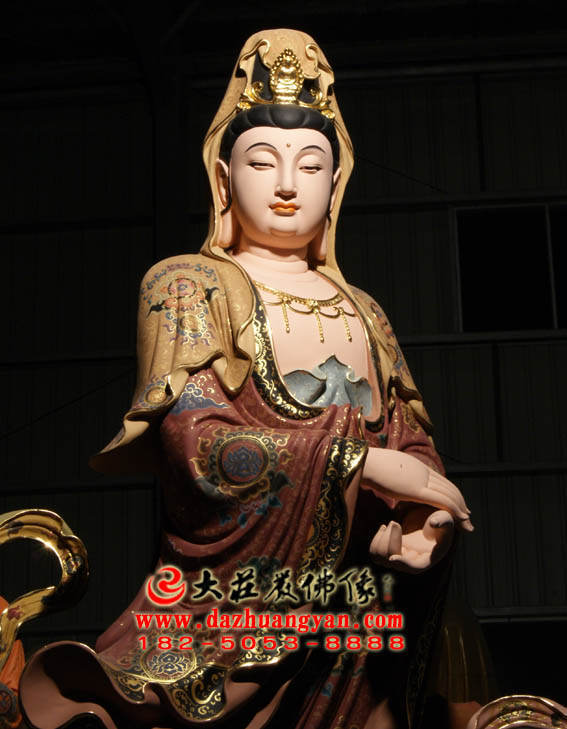 铜雕观音菩萨彩绘描金塑像