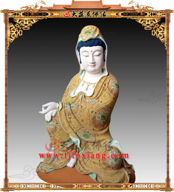 铜雕阿耨观音彩绘描金塑像