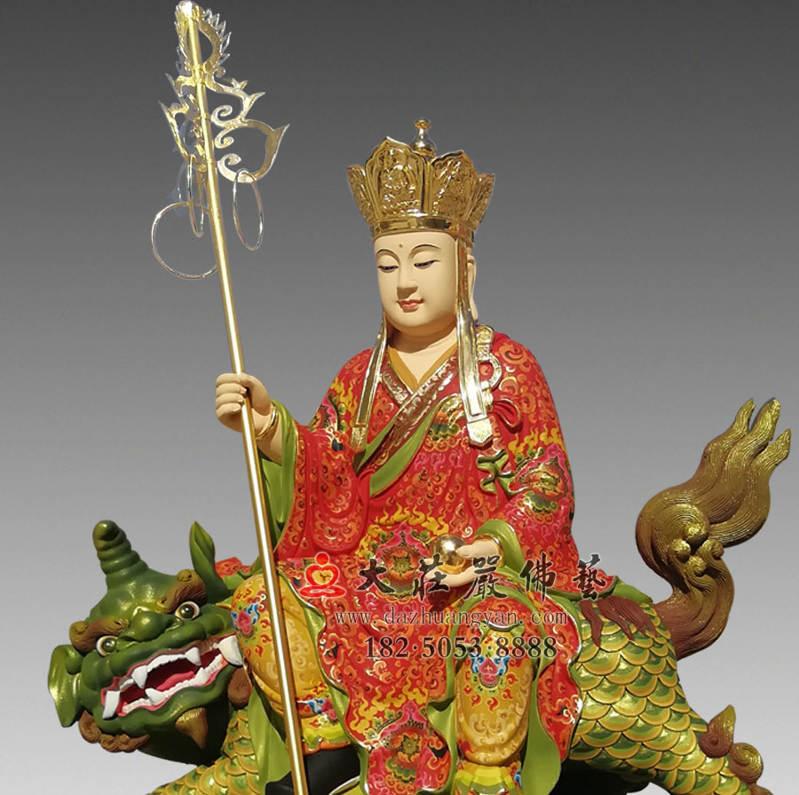 铜像地藏王菩萨彩绘描金侧面近照佛像