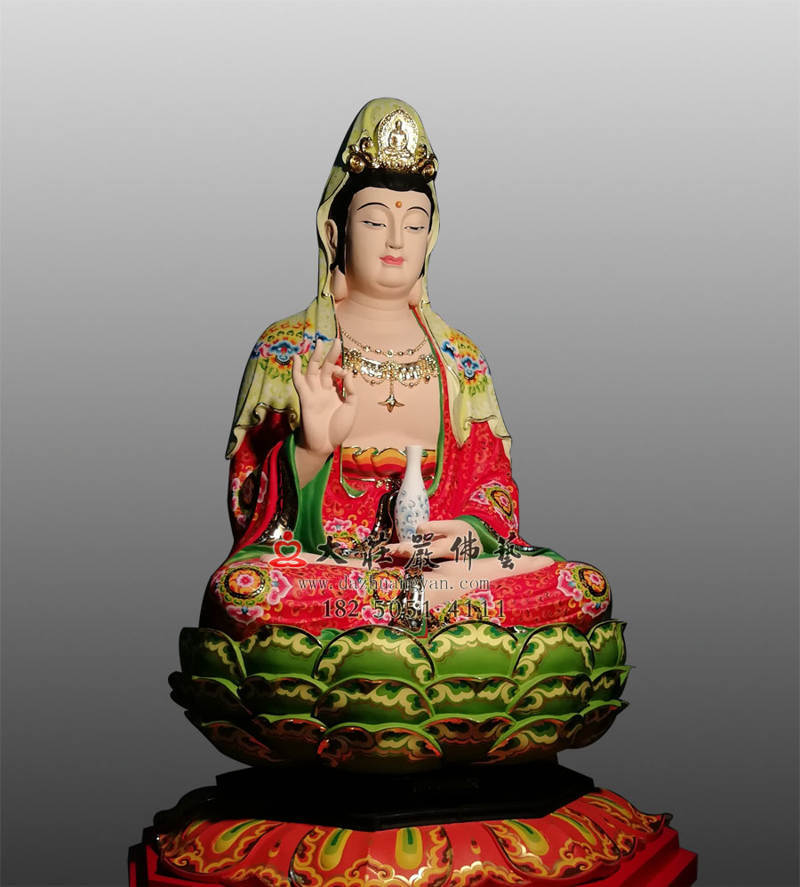 铜雕观世音菩萨侧面彩绘像