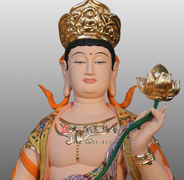 铜像普贤菩萨正面近照彩绘佛像