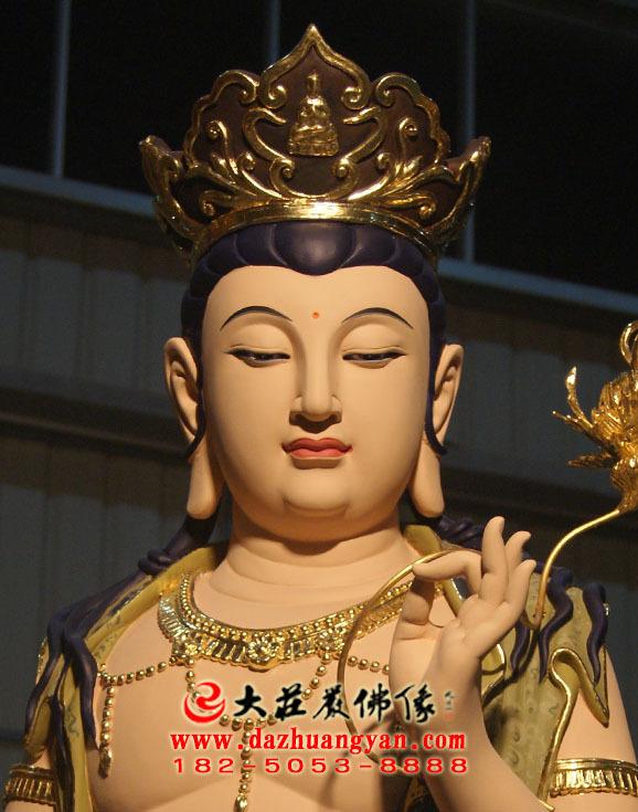 铜像八大菩萨之弥勒菩萨彩绘佛像特写