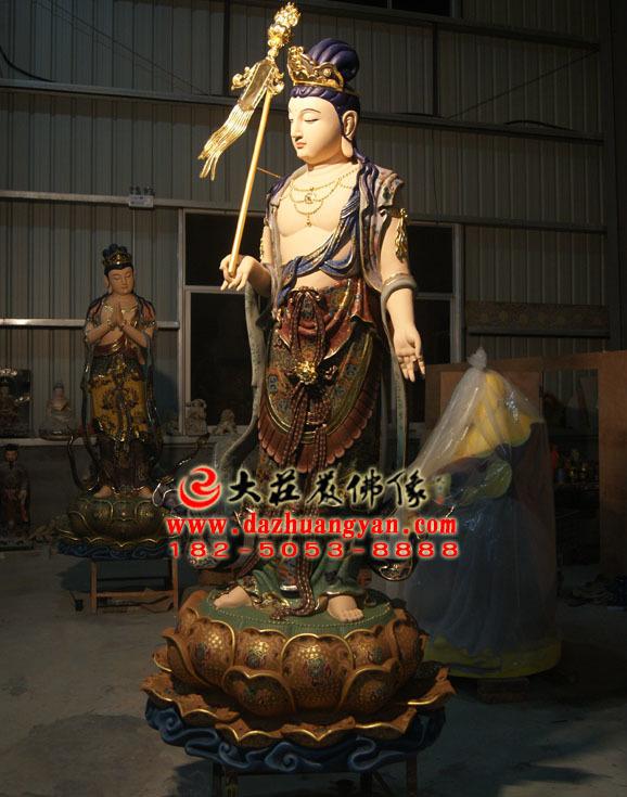铜像八大菩萨之除盖障菩萨彩绘佛像侧面照