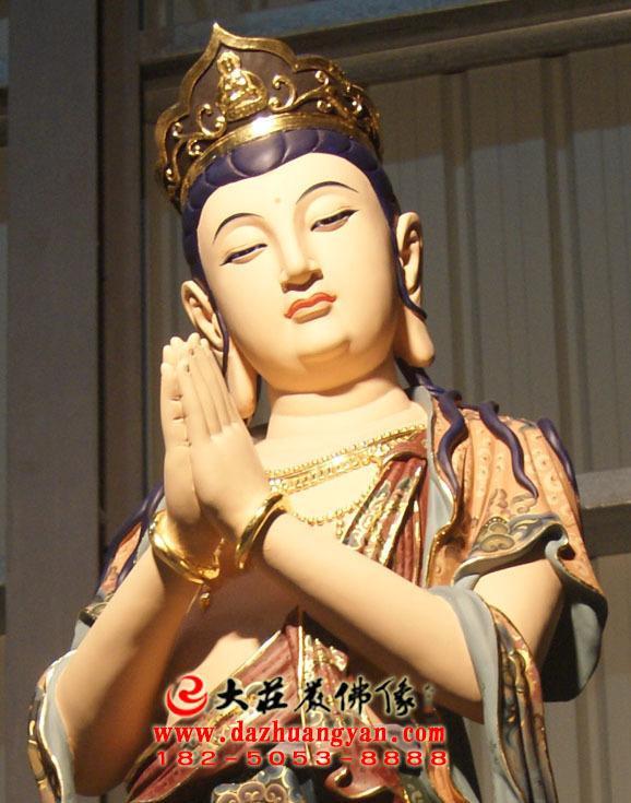 铜雕八大菩萨之观音菩萨彩绘佛像特写