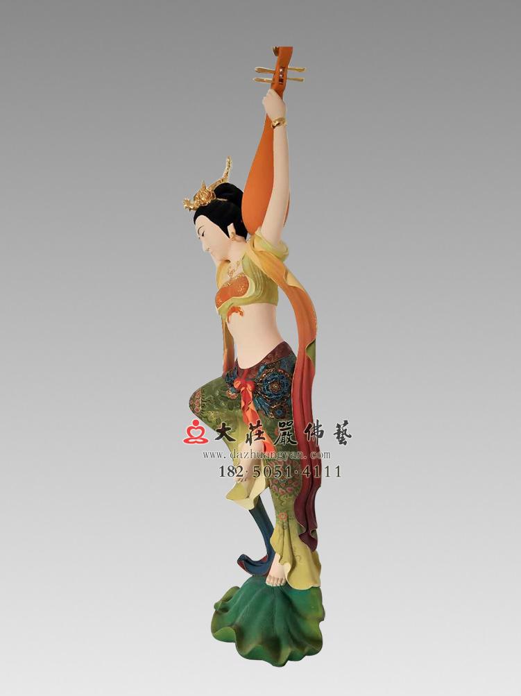 铜像反弹琵琶伎乐天侧面彩绘神像