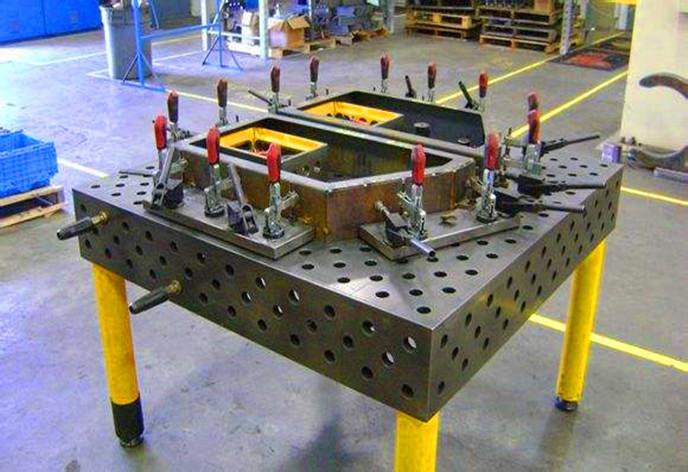 三維柔性焊接平臺鑄造