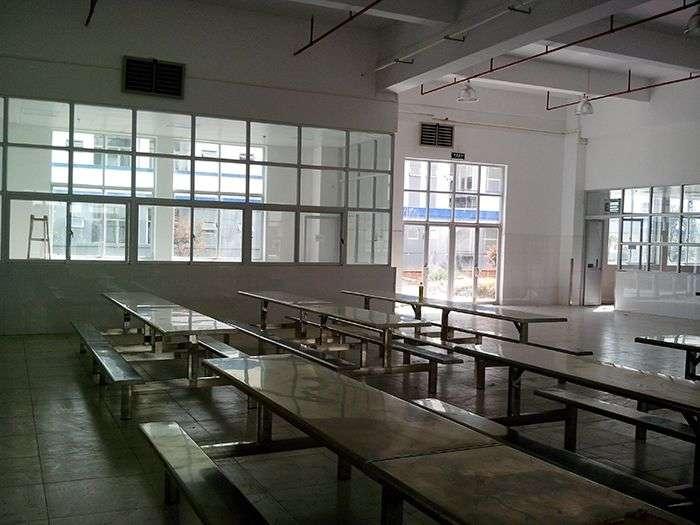 学校、工厂等食堂的降温通风换气解决方案