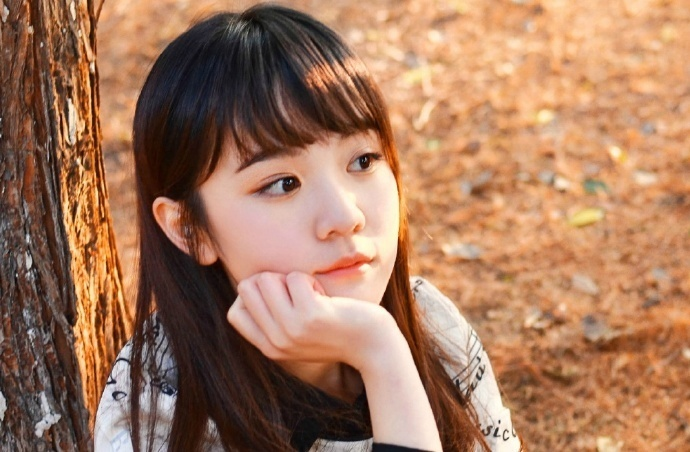 谁能想到锦城裴家最年轻有为的裴佑祁正值风华气盛的时候却得了一场重病,而只有她能救裴佑祁
