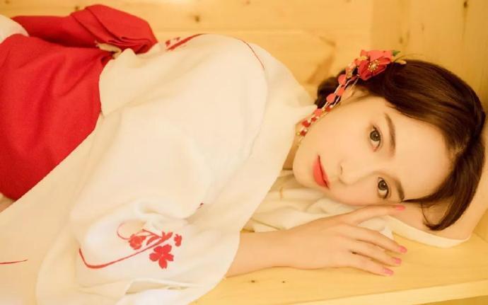 并蒂双姝:鸾凤和鸣:锦月, 赫连鸣谦的精彩章节无弹窗