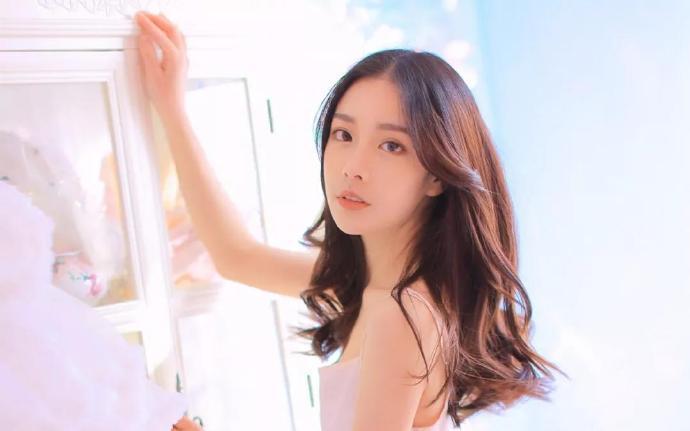 邪王妖妃:全能炼丹师-穿越重生小说-主角: 叶晓玥