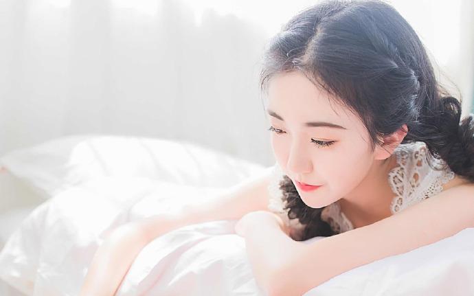 神级尊王-江尤, 秦伊夏-都市情感小说