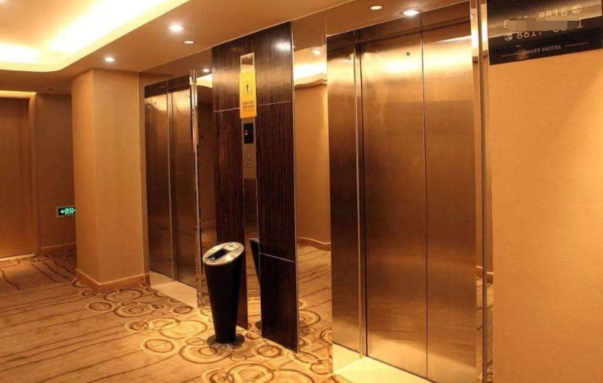 坐电梯就出事