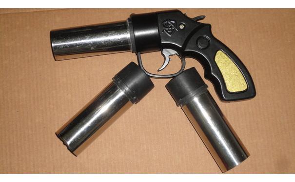 简易装防暴灭火器