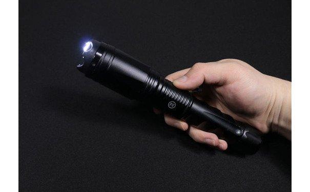 新款黑鷹X4泰瑟高壓電棍