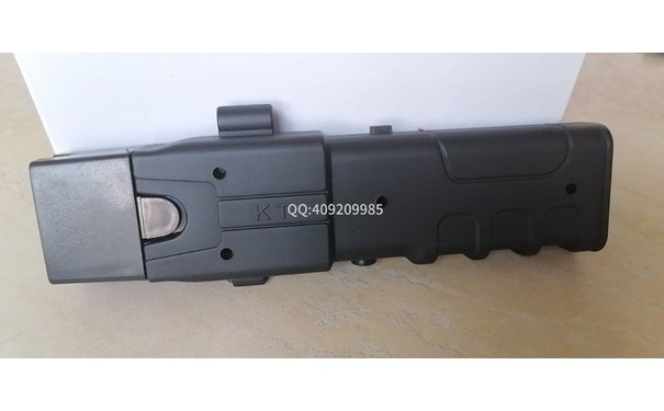 2021型新款遠程電擊槍