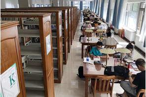 呼市圖書館實木書架安裝案例展示