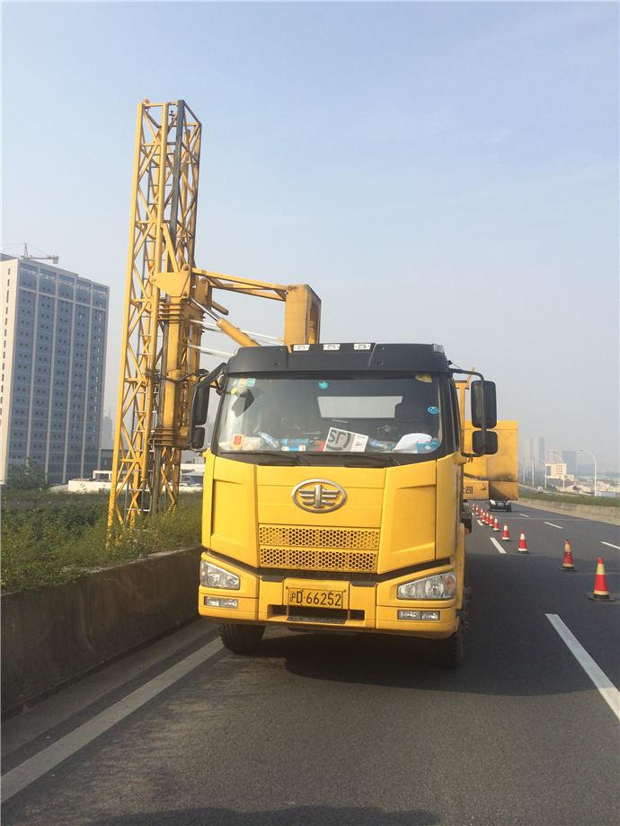 上海桥检车出租.jpg