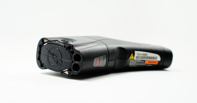 美国泰瑟远程脉冲电击器