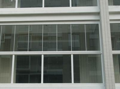 成都自动门维修教您如何清洗隐形纱窗
