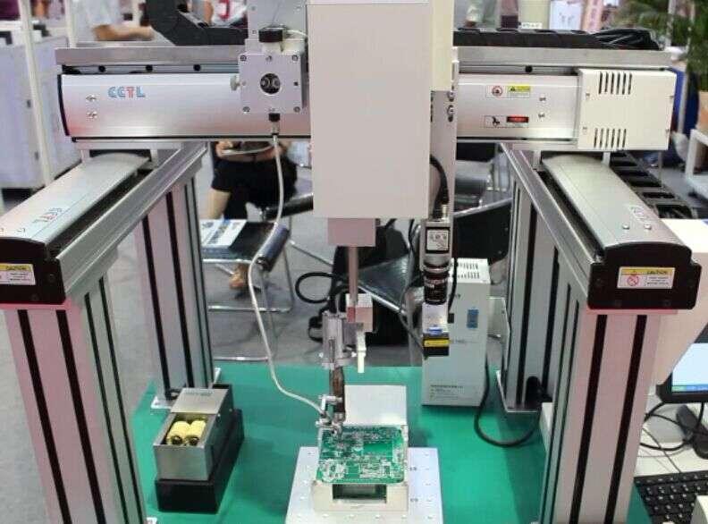 精密线性模组应用于全自动焊锡(点膠)机1