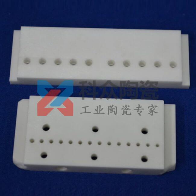 高纯氧化铝精密陶瓷板加工