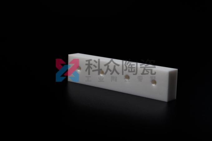 精密氧化锆陶瓷订制加工具有优良的品质与特点