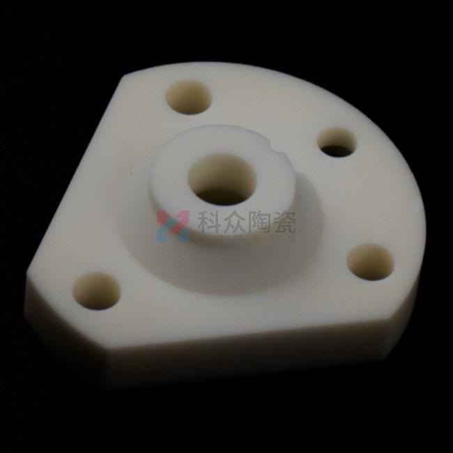 精密陶瓷零件的行业中的应用特点和生产工艺