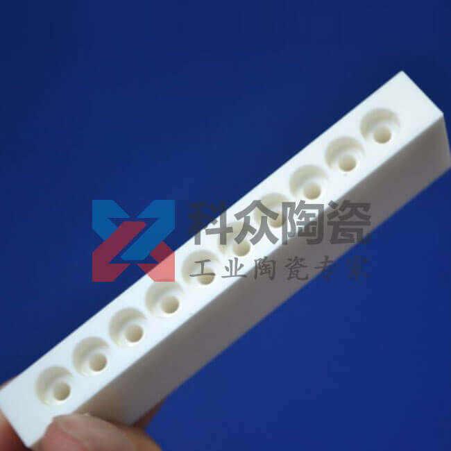 氧化铝精密陶瓷板精加工
