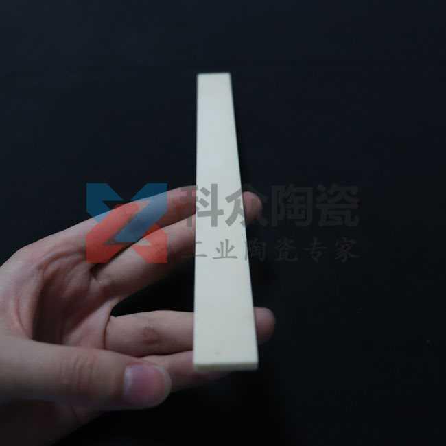 氧化铝精密陶瓷板材料
