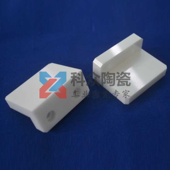95氧化铝半导体精密陶瓷精加工