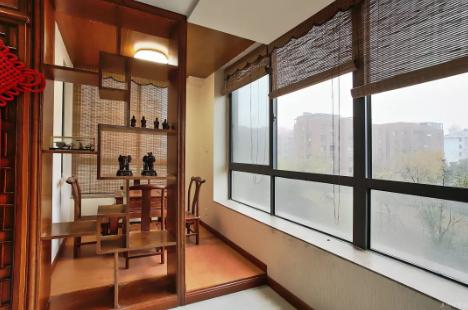 轻钢别墅嵌入式阳台