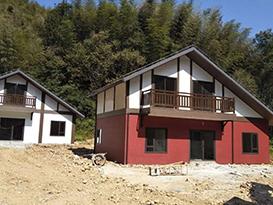 竹海景区轻钢木屋施工
