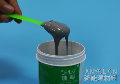 来看看这一桶导热硅脂怎么样