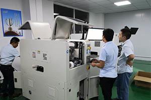 武汉某企业全自动辅料贴装机客户案例