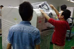 东莞oppo厂手机全自动高速双轨贴标机案例