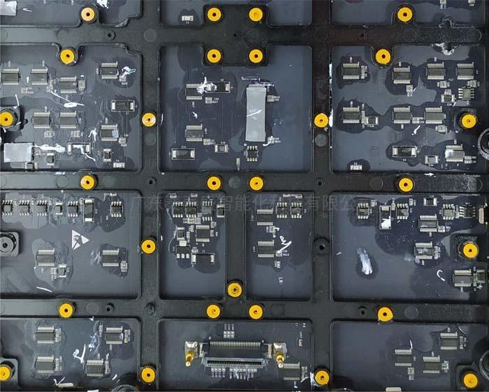 硅胶软垫辅料用于贴装LED行业显示屏