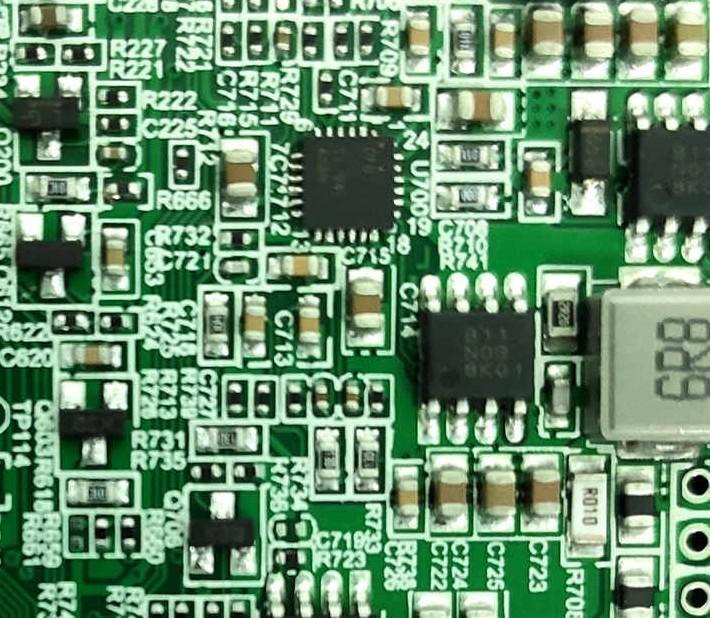 高手是如何电焊焊接SMT芯片的?