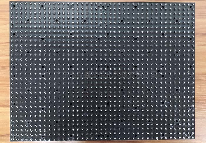 1LED显示屏自动贴硅胶软垫机